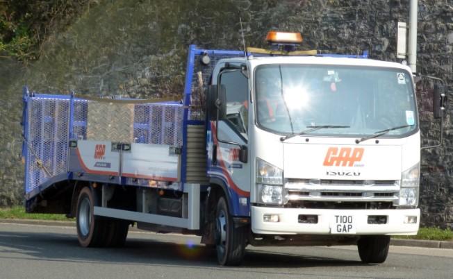 トラックにもやってきた最新技術:衝突被害軽減ブレーキ
